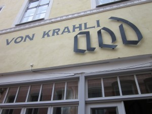 Von Krahli Aed outside